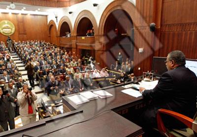 وزارة الدفاع تنفي استبعاد التعيين وفقاً للانتماءات السياسية