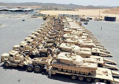 عالمي تقرير أمريكى: تخزن آلاف الدبابات وطائرات Egyptian-tanks1651.j