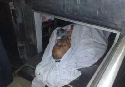 جثمان الشهيد الشيخ عماد عفت في ثلاجة مشرحة مستشفى القصر العيني