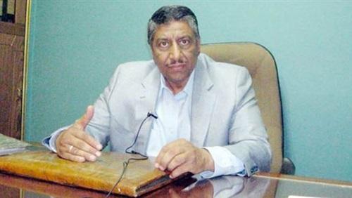 نقيب العلميين الدكتور مرسي أبو سيف