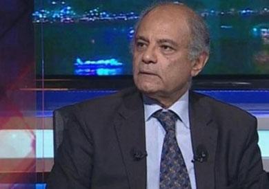 السفير حسين هريدي مساعد وزير الخارجية