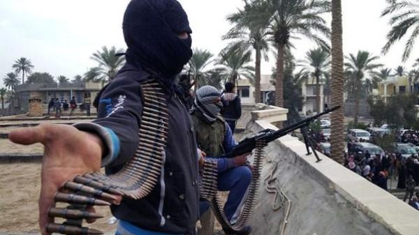 مسلحون يفجرون عبوة ناسفة بجوار مسجد ويطلقون الرصاص على المواطنين أثناء صلاة الجمعة بالعريش