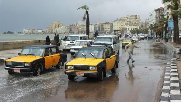 أمطار خفيفة على الثغر واستمرار حركة الملاحة ببوغازي الإسكندرية والدخيلة