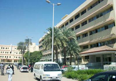 http://www.shorouknews.com/uploadedimages/Sections/Egypt/Eg-Politics/original/asuit-hospital.jpg