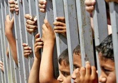 الطفل أنس خميس.. يحاول الانتحار هربا من الاعتداء الجنسي عليه داخل زنزانة قسم سيدي جابر - بوابة الشروق