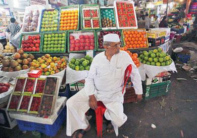 جنون الأسعار يحرق الفقراء: «نفسنا ناكل فاكهة» -