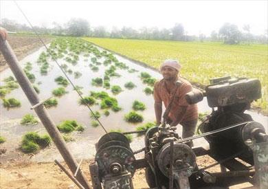 تباين في وصول كميات من المياه في القرى المختلفة