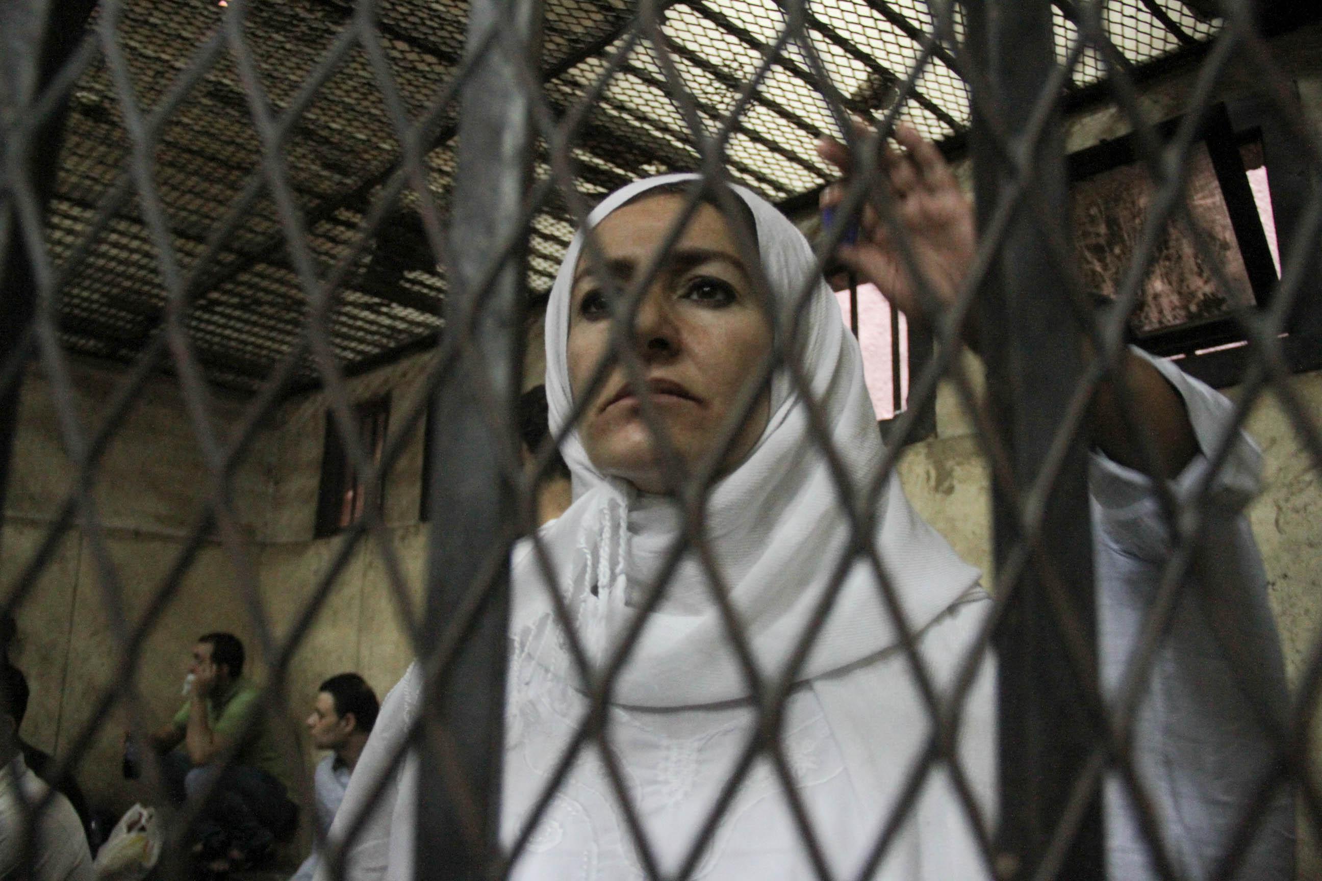 «النقض» تقضي بإلغاء سجن «ياسمين النرش» في «حيازة مخدرات» وإعادة محاكمتها