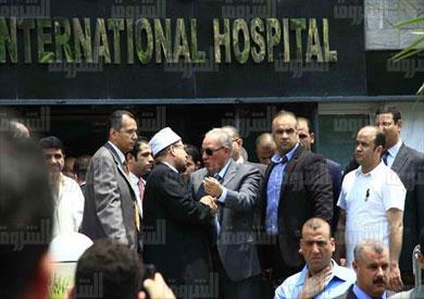 الزند وجمعة أثناء زيارتهم للنائب العام بعد الحادث الإرهابي- تصوير لبنى طارق