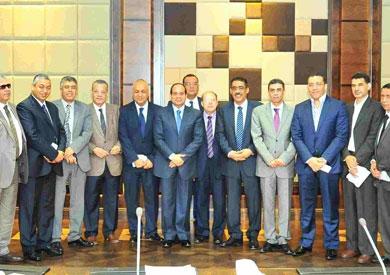 المشير عبد الفتاح السيسى يستقبل وفداً من رؤساء تحرير الصحف المصرية