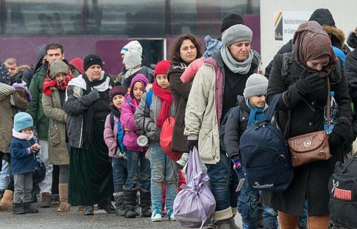 بالفيديو.. «الأمم المتحدة» تطلق تطبيقا يحولك إلى «لاجئ»