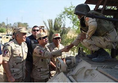 السيسي في كمين للقوات المسلحة وآخر للشرطة