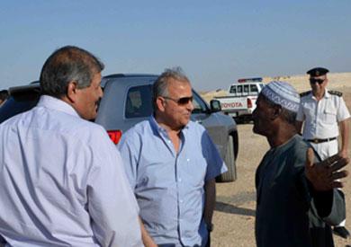 محافظ الأقصر يتفقد حدود محافظته الجديدة  تصوير - أحمد أبو الحجاج