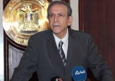 حسام عيسى وزير التعليم العالي
