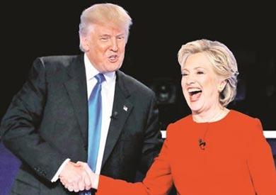 ترامب يصافح كلينتون قبل بدء المناظرة