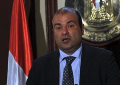 خالد حنفى - وزير النموين - أرشيفية