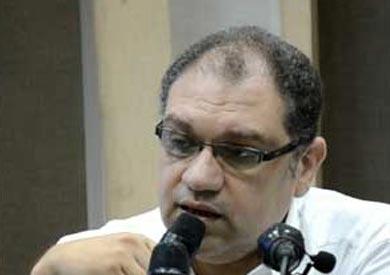 الدكتور خالد سمير الأستاذ بكلية الطب في جامعة عين شمس