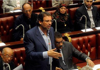 خالد يوسف في لجنة الخمسين