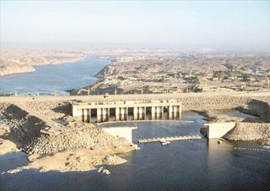 الحكومة استعانت بأحدث التقنيات العالمية لتأمين السد