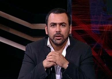 الاعلامي  يوسف الحسيني