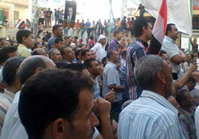 متظاهرون في طنطا مؤيدون للجيش_ ارشيفية