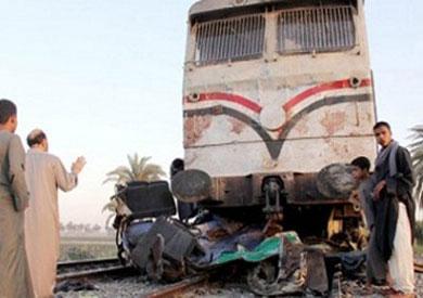 حادث تصادم قطار بضائع بسيارة ملاكي - أرشيفية