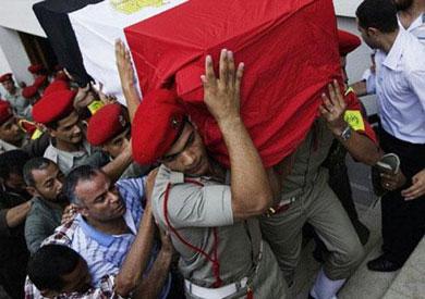 تشييع شهيدي العريش في جنازة عسكرية بمطار ألماظة إلى مثواهما الأخير