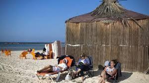 السياحة إلى إسرائيل تقفز 25% في 2017