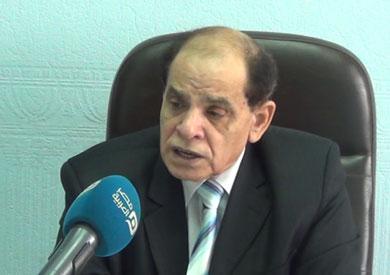 الدكتور صلاح فوزي