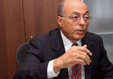 «اليزل»: تعديل الدستور قبل تطبيقه «ظلم كبير»