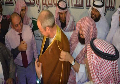 أخوة الاسلام.. السديس 2012 يدعو