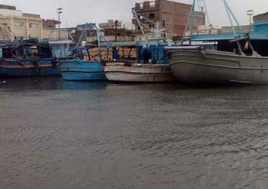 الأمطار توقف حركة الصيد بكفر الشيخ