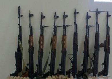 ضبط 13 شخصا بحوزتهم أسلحة نارية ومخدرات بالبحيرة