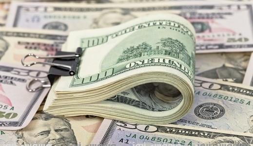 استقرار أسعار الدولار في معظم البنوك المصرية