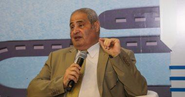 الكاتب والأديب الدكتور نبيل فاروق