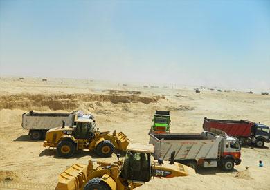 تواصل أعمال الحفر في قناة السويس الجديدة