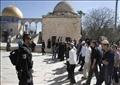مستوطنون إسرائيليون يستأنفون اقتحام الأقصى في حراسة قوات الاحتلال