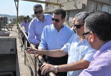 مسئولون بالمحطة أمروا بصرف المازوت فى النيل