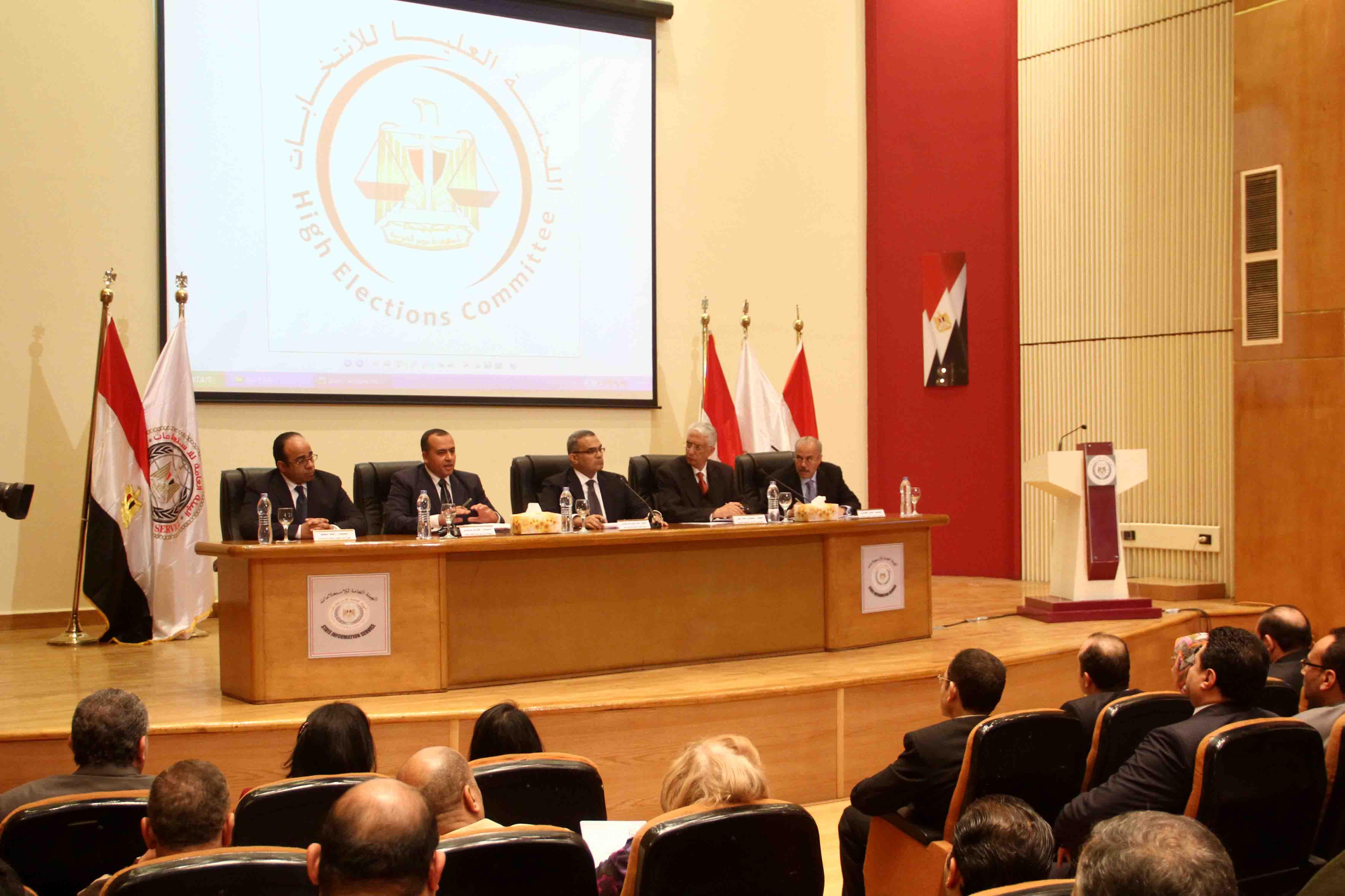 «العليا للانتخابات» فتحنا أبوابنا للجميع وأعطينا الشعب المصري الحق في متابعتنا -