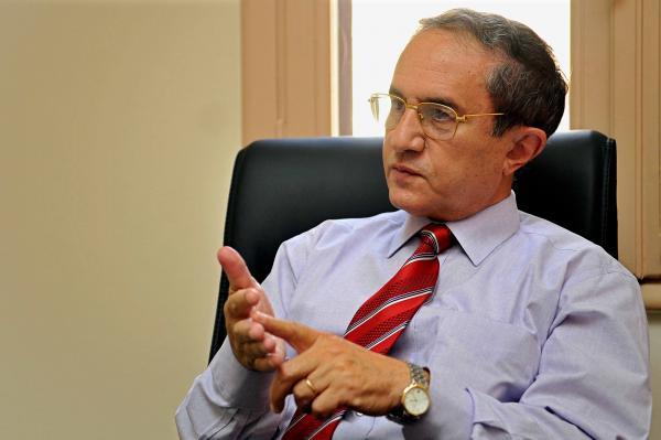 الدكتور أسامة الغزالي حرب، رئيس مجلس أمناء حزب المصريين الأحرار