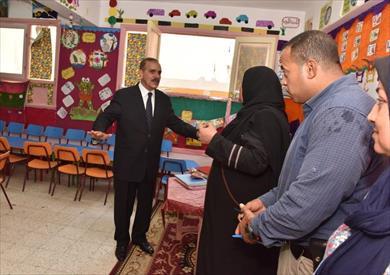 جولة المحافظ علي المدارس باسيوط