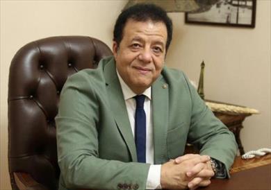 الدكتور عاطف عبداللطيف رئيس جمعية مسافرون للسياحة