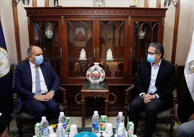 وزير السياحة يبحث مع سفير الأردن