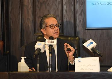 الدكتور خالد العناني وزير السياحة والاآثار