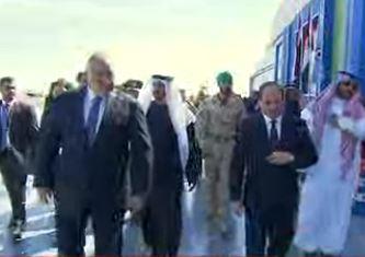 وصول السيسي إلى مقر قاعدة «برنيس» العسكرية بالبحر الأحمر
