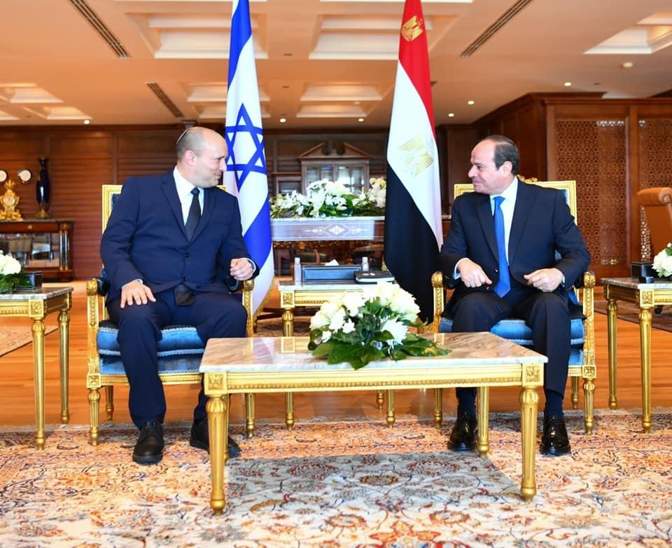 السيسي ورئيس الوزراء الإسرائيلي يبحثان تطورات العلاقات الثنائية في مختلف المجالات