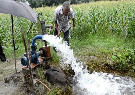 ري الأراضي الزراعية _ أرشيفية