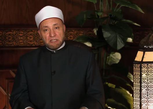 الشيخ عويضة عثمان، أمين الفتوى بدار الإفتاء المصرية