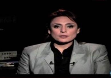 الاعلامية منى عراقى