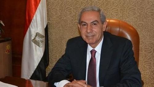 وزير الصناعة والتجارة المهندس طارق قابيل